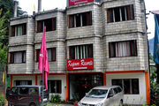 Get Kapoor Resort Manali online