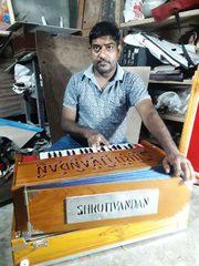 Shruti Vandan Best Harmonium Manufacturer Service in Kolkata